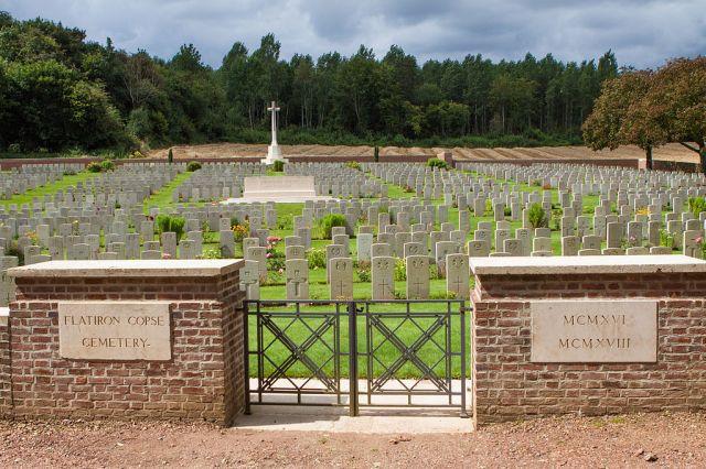 Flatiron_Copse_Cemetery_-2